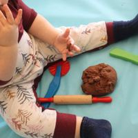 5-Minute Edible Chocolate Playdough