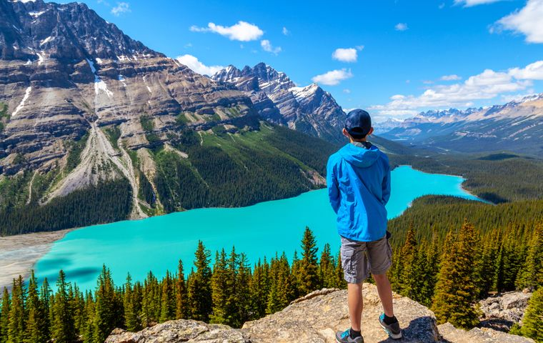 The Best Canadian Cities for an Active Family Vacation in All Seasons